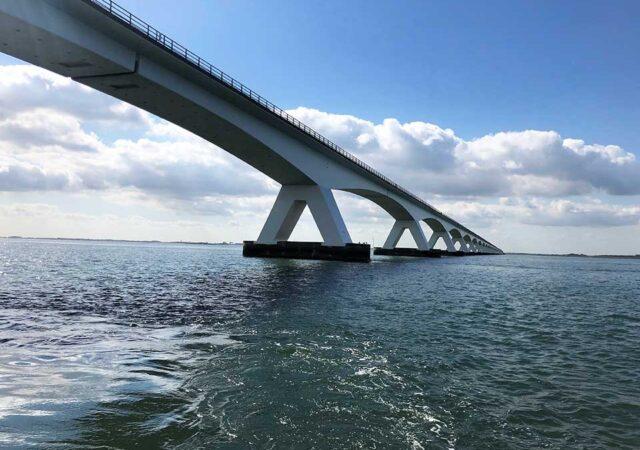 Bjond1-De-imposante-Zeelandbrug